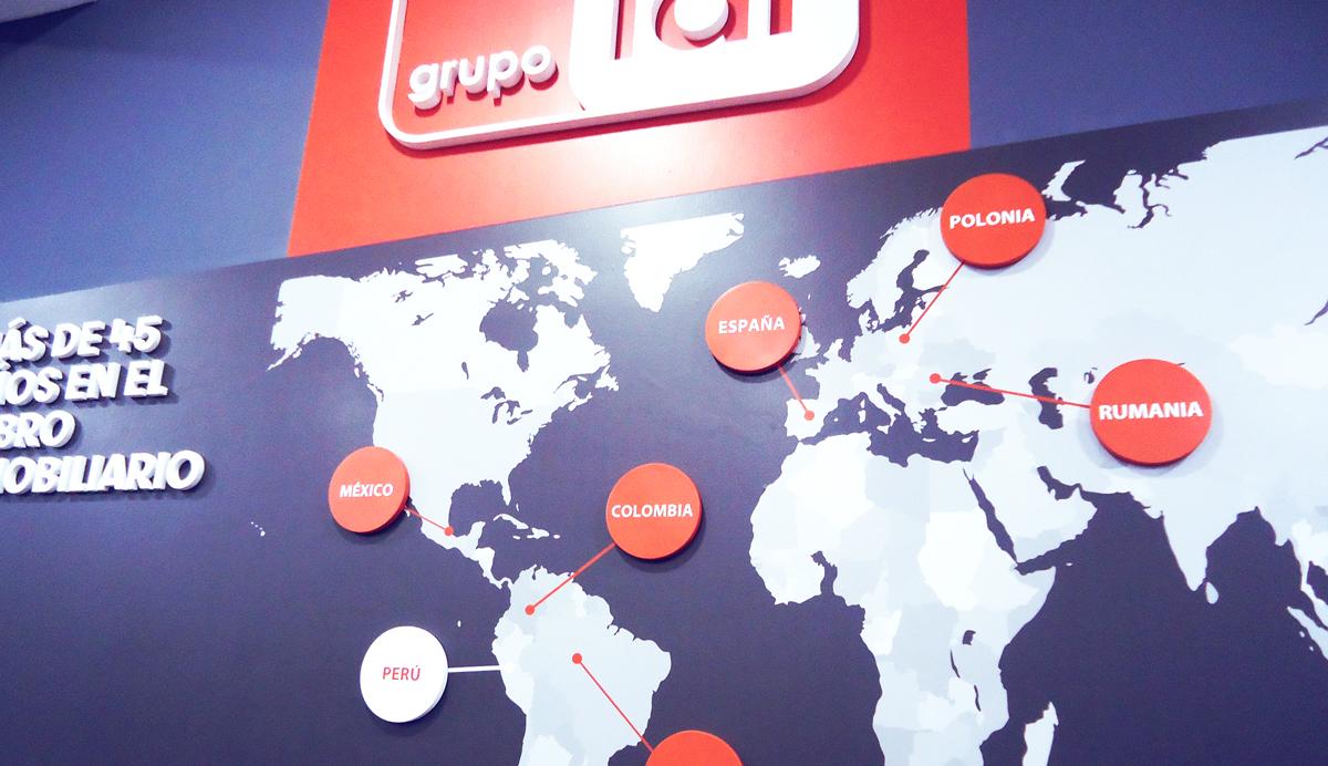 Grupo Lar Elant vinil impreso en alta resolucion y vinil impreso Infografia corporativa brandeo de oficina caseta de ventas lima peru